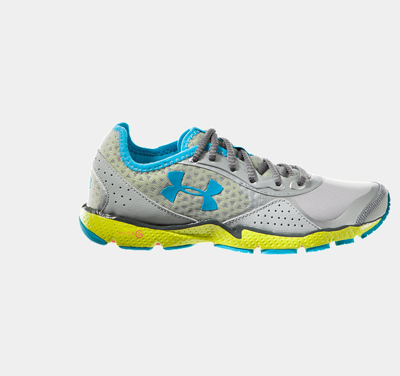 UNDER ARMOUR WOMEN FTHR SHIELD RUNNING SHOE METALLIC SILVER