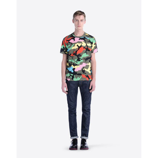 VALENTINO T-SHIRT WITH CAMOUFLAGE PRINT IV0MG00W2J4 P00